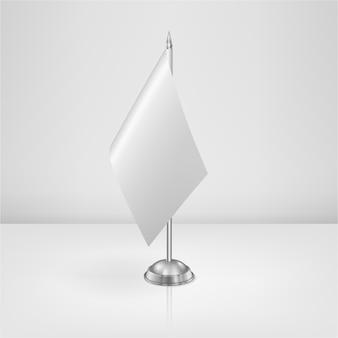 Ícone de garrafa de bebê em branco realista com tampa closeup em fundo de grade de transparência. modelo de recipiente de leite vazio estéril, para gráficos