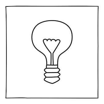 Ícone de lâmpada econômica do doodle. símbolo preto e branco com moldura. elemento de design gráfico de estilo de arte de linha. botão da web. isolado em um fundo branco. ecologia, conceito de tecnologia limpa.
