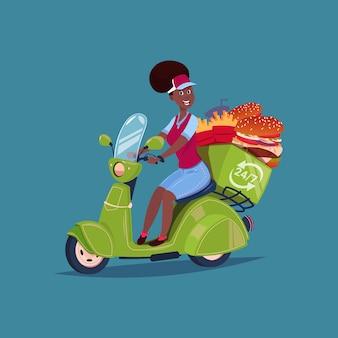 Ícone de serviço de entrega de comida mulher afro-americana, andar de bicicleta do motor