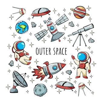 Ícone do espaço sideral desenhado à mão com foguete de satélite astronauta e planetas em estilo doodle