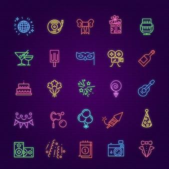 Ícones de festa de aniversário. elementos de brilho de celebração de néon. presente de iluminação, coquetel de fogos de artifício e sorvete