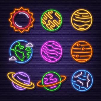 Ícones de letreiro de néon do sistema solar