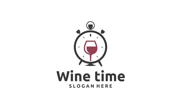 Ideia de design de logotipo para a hora do vinho