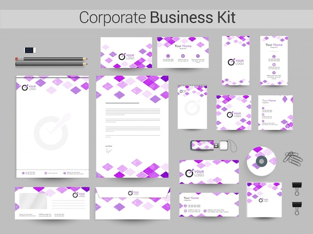 Identidade corporativa ou business kit com quadrados roxos.