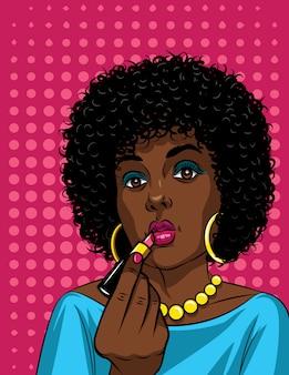 Ilustração colorida no estilo pop art da linda mulher afro-americana fazendo maquiagem. moda mulher segurando batom na mão