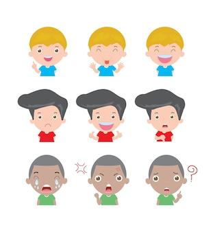 Ilustração de crianças de personagens de desenhos animados com diferentes emoções isoladas