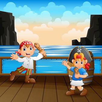 Ilustração de crianças piratas felizes em um deck