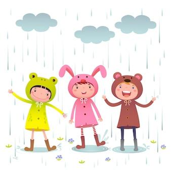 Ilustração de crianças usando capas de chuva coloridas e botas brincando em um dia chuvoso