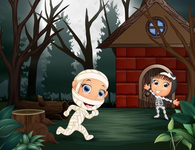 Ilustração de múmia e esqueleto na home page