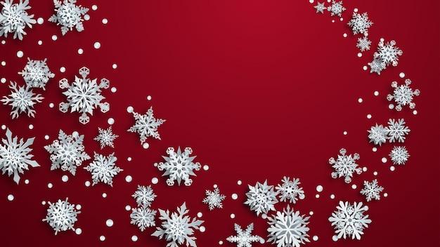 Ilustração de natal com flocos de neve de papel branco complexo com sombras suaves sobre fundo vermelho