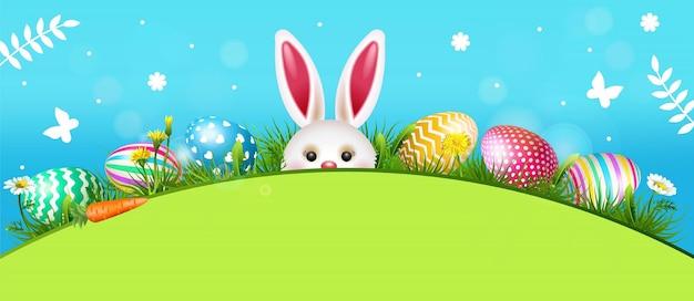 Ilustração de páscoa feliz com coelho e ovos pintados coloridos.