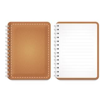 Ilustração de um caderno de couro com espiral, bloco de notas e papel pautado em branco