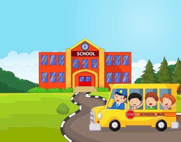 Ilustração de um ônibus escolar e crianças na frente da escola
