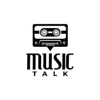 Ilustração de uma velha cassete combinada com texto em bolha. logotipo para show de música falando.
