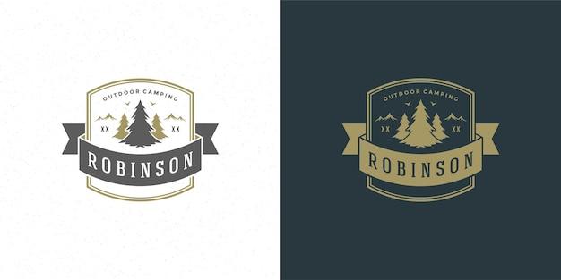 Ilustração do logotipo do acampamento da floresta nas férias de verão