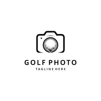 Ilustração do logotipo do esporte de golfe com a bola na câmera.