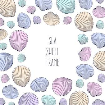 Ilustração em vetor de conchas do mar mão desenhada no estilo doodle. projeto de praia.