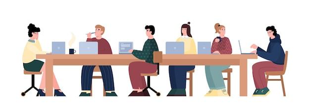 Ilustração em vetor de desenhos animados de equipe de programadores e desenvolvedores de hackathon isolada