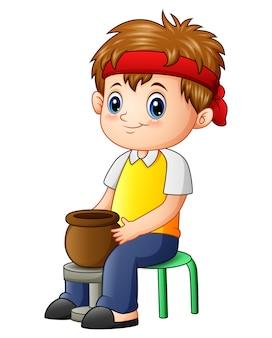 Ilustração em vetor de garotinho bonito menino faz panela de barro