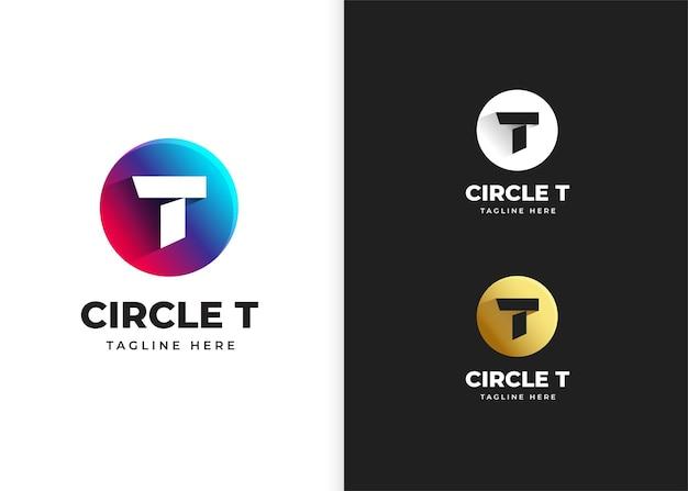 Ilustração em vetor logotipo letra t com desenho em forma de círculo
