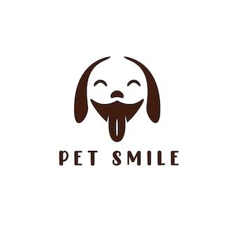 Ilustração em vetor logotipo modelo de ícone de sorriso animal de estimação. etiqueta de cabeça de cachorro para conceito de logotipo de pet shop