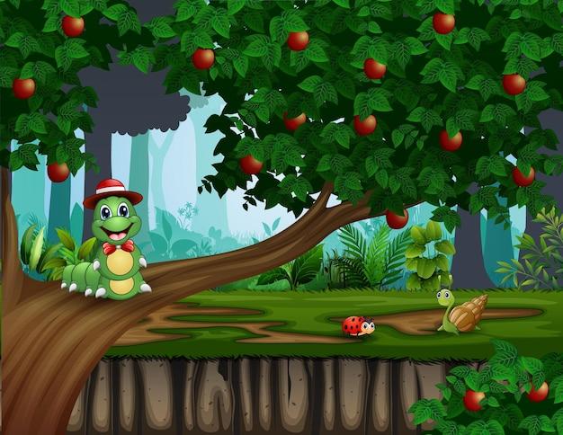 Ilustração engraçada de uma lagarta na macieira
