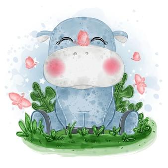 Ilustração fofa do hipopótamo bebê sentado na grama com uma borboleta