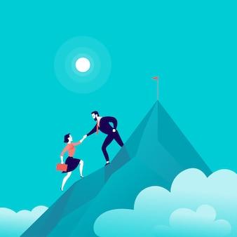 Ilustração plana com empresários escalando juntos no topo do pico de uma montanha no céu azul