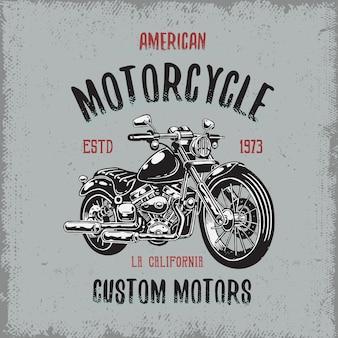 Impressão de camiseta com motocicleta desenhada à mão em fundo escuro e textura grunge