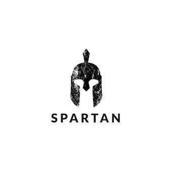 Impressionante logotipo de capacete espartano de grunge