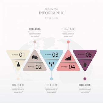 Infográficos do triângulo com 5 passo. conceito de cor roxa.
