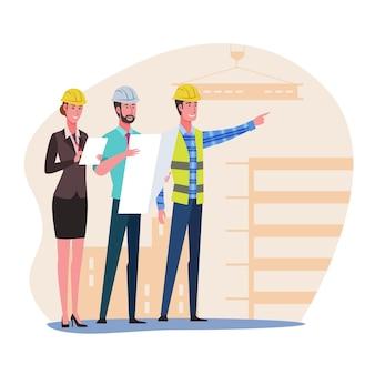 Inspetor de construção e equipe de engenheiros olhando para o canteiro de obras