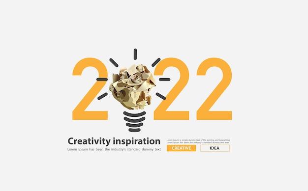 Inspiração de criatividade de ano novo de 2022 com design de conceito de ideias de lâmpada de bola de papel amassado, ilustração vetorial