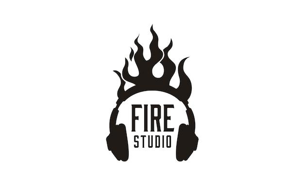 Inspiração de design de logotipo de fone de ouvido chama