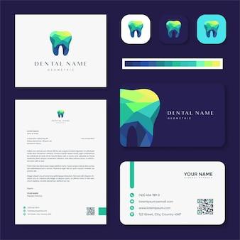 Inspiração de logotipo moderno e colorido de clínica dentária e design de cartão de visita