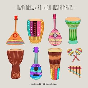 Instrumentos desenhados mão étnicos