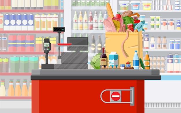 Interior da loja de supermercado com mercadorias. grande centro comercial. loja interna dentro. balcão de check-out, caixa eletrônico, mercearia, bebidas, alimentos, frutas, laticínios. ilustração vetorial em estilo simples