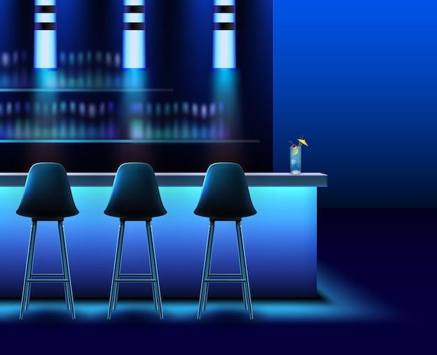 Interior de clube noturno vazio em cores azuis com balcão de bar, cadeiras, lâmpadas e álcool