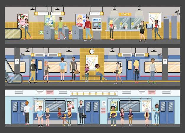Interior do metrô com trem e ferrovia.