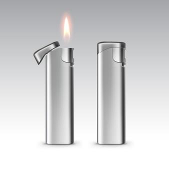 Isqueiros de metal em branco com chama fechar isolado no fundo branco