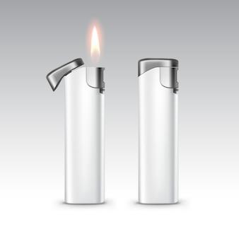 Isqueiros de metal plástico branco em branco com chama fechar isolado no fundo branco