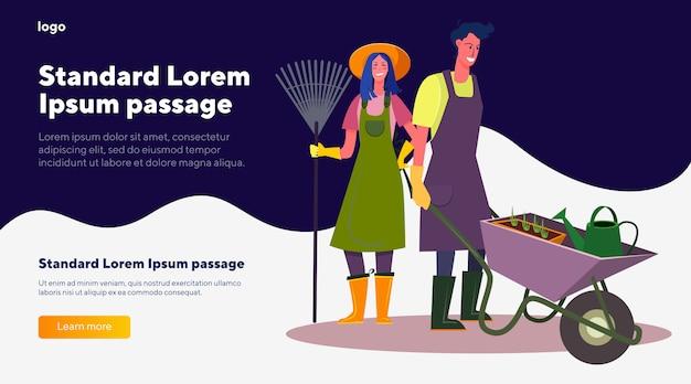 Jardineiros femininos e masculinos com ancinho e carrinho