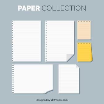 Jogo de folhas do bloco de notas no design plano