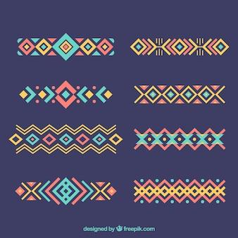 Jogo de ornamento étnicos em design plano