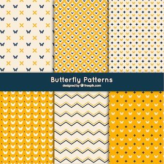 Jogo de testes padrões abstratos com borboletas