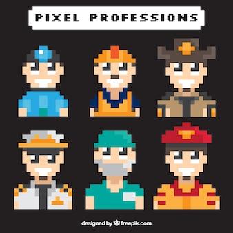Jogo dos personagens de video game pixelated