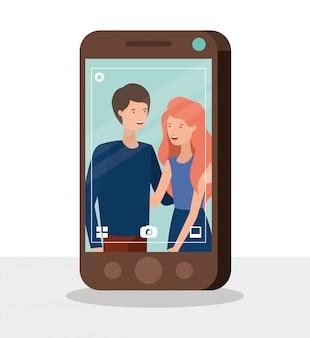 Jovem casal em caracteres de smartphone