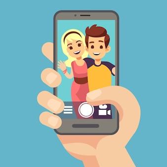 Jovem casal mulher, homem tirando foto de selfie em smartphone. bonito retrato dos melhores amigos na tela do telefone. ilustração em vetor dos desenhos animados