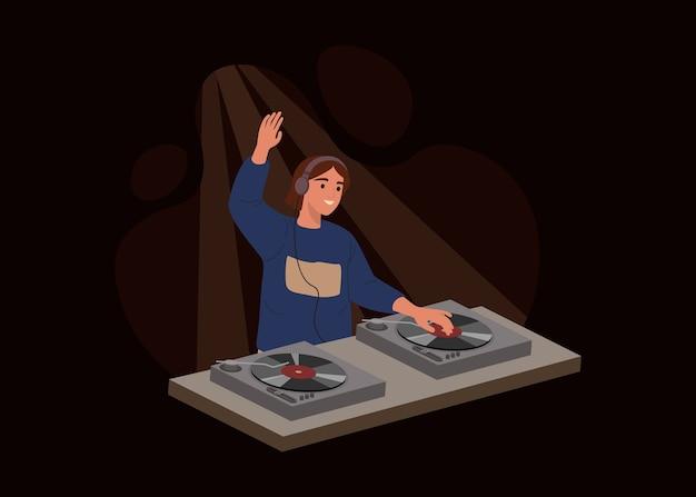 Jovem dj isolado em fundo escuro. mulher tocando discos de música em mixadores de áudio ou controlador em uma festa. ilustração em estilo cartoon plana.