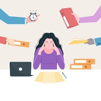 Jovem empregada estressada no local de trabalho com muitas mãos ao redor dela
